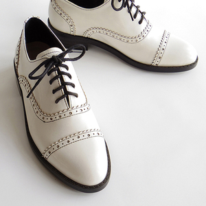 Image 5 - Women genuine leather oxford shoes round toe black white lady lace up brogues loafers casual shoes for women leather shoes 2020