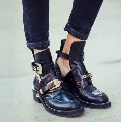 Buossac Vintage Motorcycle Boots Women Rivets Punk Ankle Boots Women Brand Design Gold Buckle Strap Winter