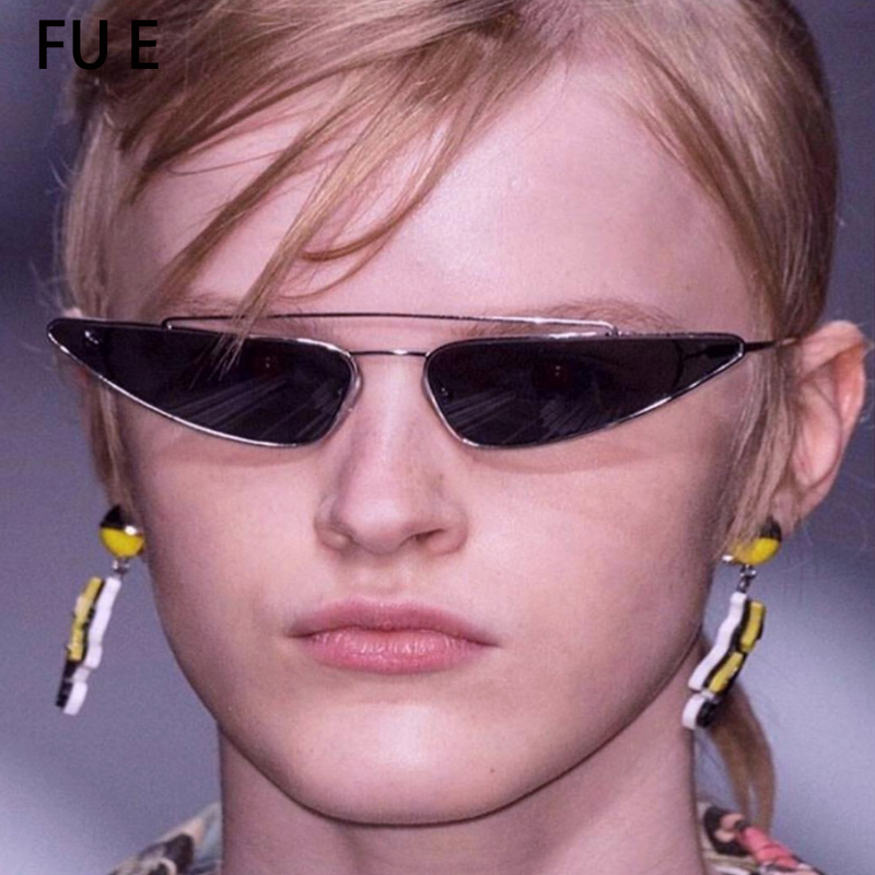 7beb4e45d042ac FU E 2018 oeil de chat lunettes de soleil femmes designer petit triangle de  lunettes de soleil en métal cadre UV400 nouvelle mode lunettes de soleil  W006