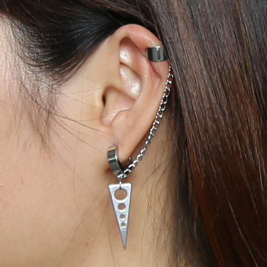 Stainless Steel Banded Chain Ear Cuff