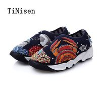 2018 Women Mesh Breathable Slip on Flat Shoes Fashion Embroidery Hand beaded Luxury Rhinestone Loafers Hot Sales Size 34 40