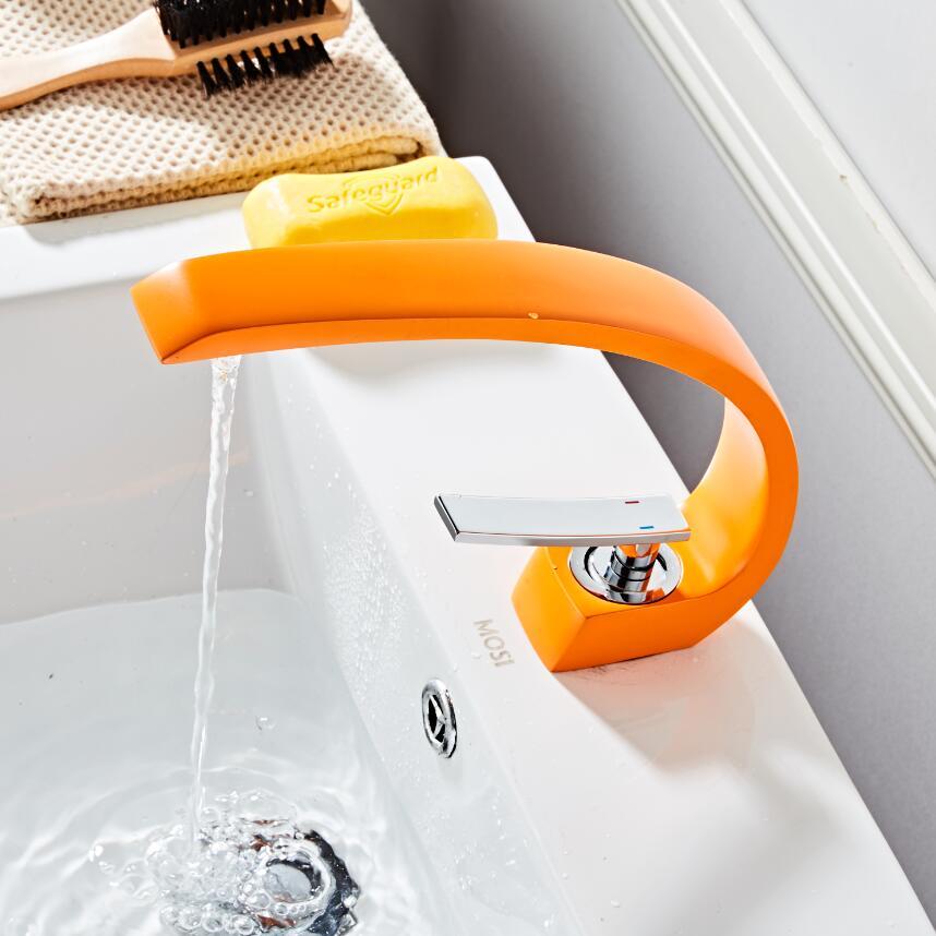 Livraison gratuite robinet de salle de bain en laiton chromé/doré/vert/noir. Robinet mitigeur avec eau chaude et froide. Robinets d'eau montés sur le pont - 6