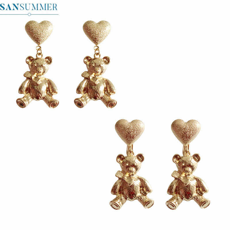 Fashion Personality Lovely Gold Bear Stud Earrings Cute Beautiful Earrings For Women Ladies Trendy Alloy Jewelry Accessories