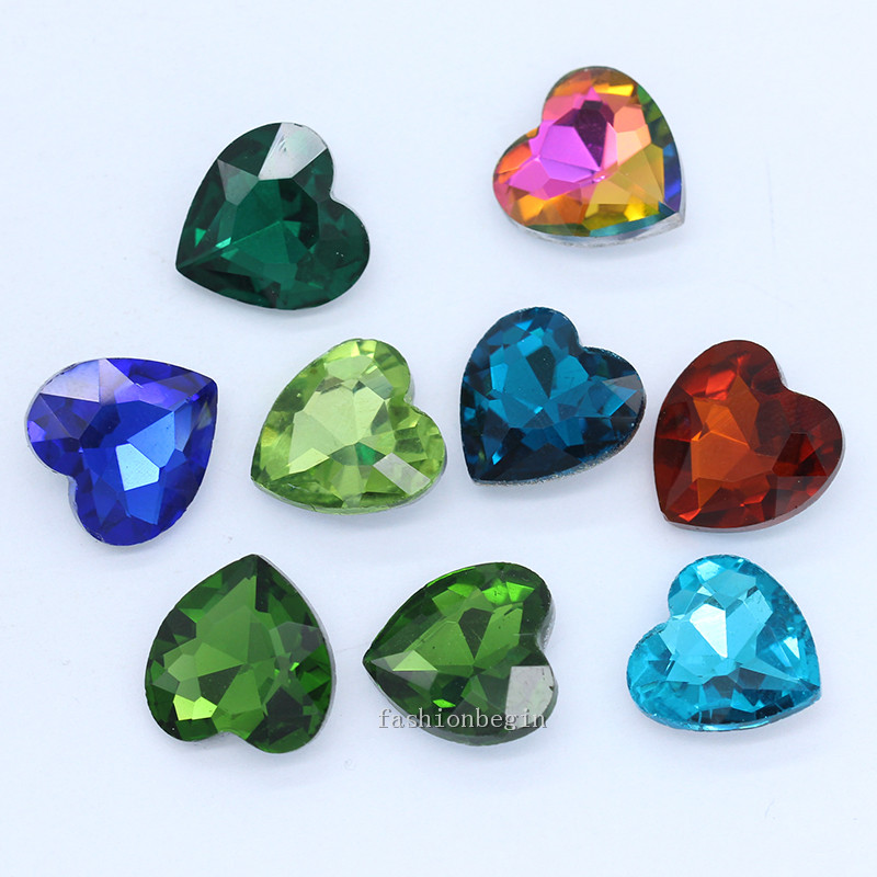 Peridot green silver foil glass heart beads 20 mm X 5 Drilled top to bottom