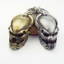 цена на Retail AVP Alien vs Predator Predator Mask Metal Pendant Key Chain fashion Alloy Keychain for men
