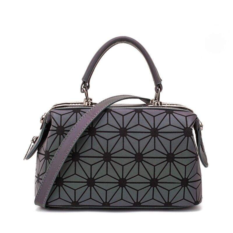 Image 3 - ファッション幾何ハンドバッグバッグ女性発光ボストン女性のメッセンジャーバッグレディース無地ショルダーバッグクラッチ嚢 bolso -     グループ上の スーツケース
