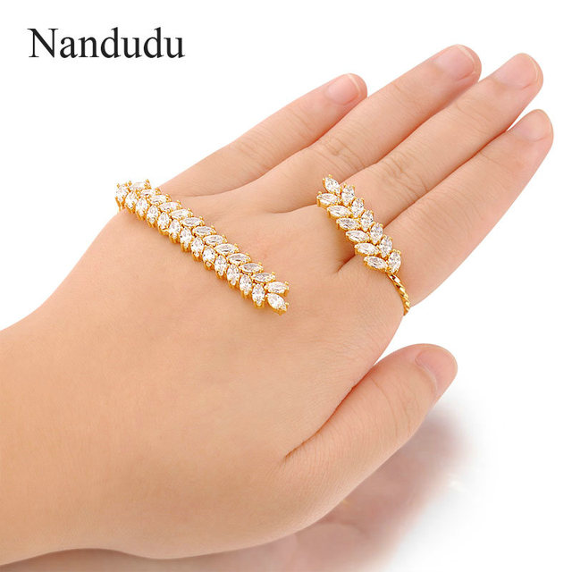 Nandudu Cubic Zirconia Palm Bracelet Gold Plated Fashion Hand Cuff Female Women Hand Bangle Jewelry Gift R1000