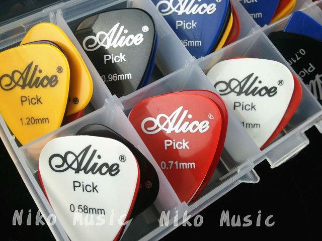 50pcs Acoustic Electric Guitar Picks Plectrums + 1 Plastic Picks Box Case Free Shipping
