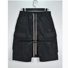 27-44 новые мужские нейлоновые боковые карманные Шорты повседневные с низким шаговым швом черные свободные мульти-карманные шорты со шнуровкой плюс размер певицы костюмы