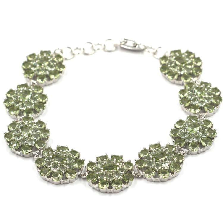 Stunning 28 8g Green Amethyst SheCrown Woman s Gift Silver Bracelet 7 0 7 5in 18x17mm