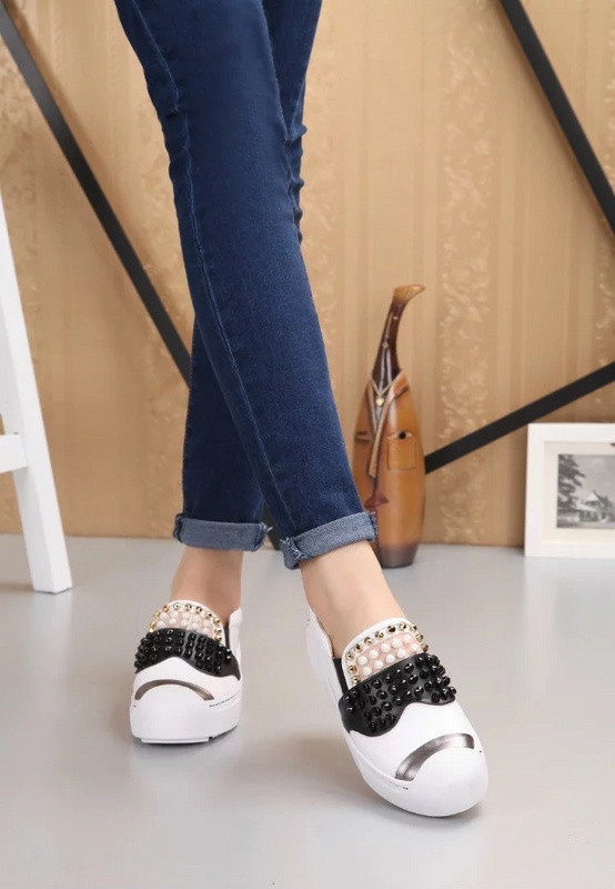ФОТО Top Quality Italian Brands Women Moccasin Female Loafers Flats Rivets Genuine Leather Famous Luxury Casual Fashion Cartoon Shoes