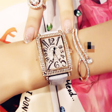 New Fashion Casual Ladies Quartz Watch Full Rhinestone Rose Gold Female Square Leather