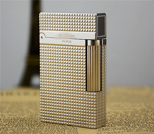 S.T Memorial D upont lighter Bright Sound! New In Box Serial number T934