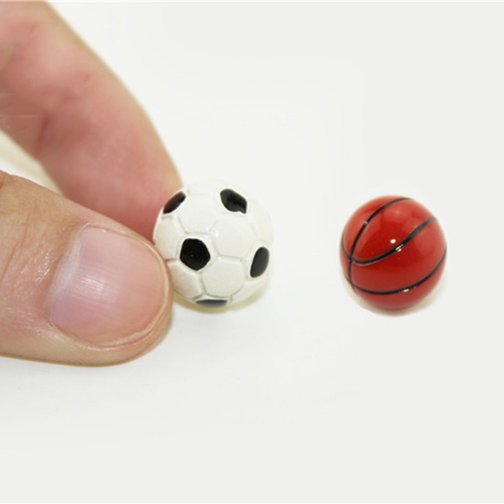 1/12 Dollhouse Miniature Accessories Mini Resin Football  Basketball  Simulation Model Toys For Doll House Decoration