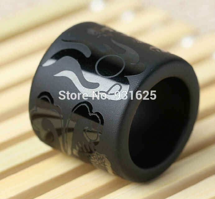 Wonderful 33mm outer diameter Natural Black Obsidian Carved Dragon Large Thumb Lucky Ring Fashion Man's Rings Jewelry 30mm wide