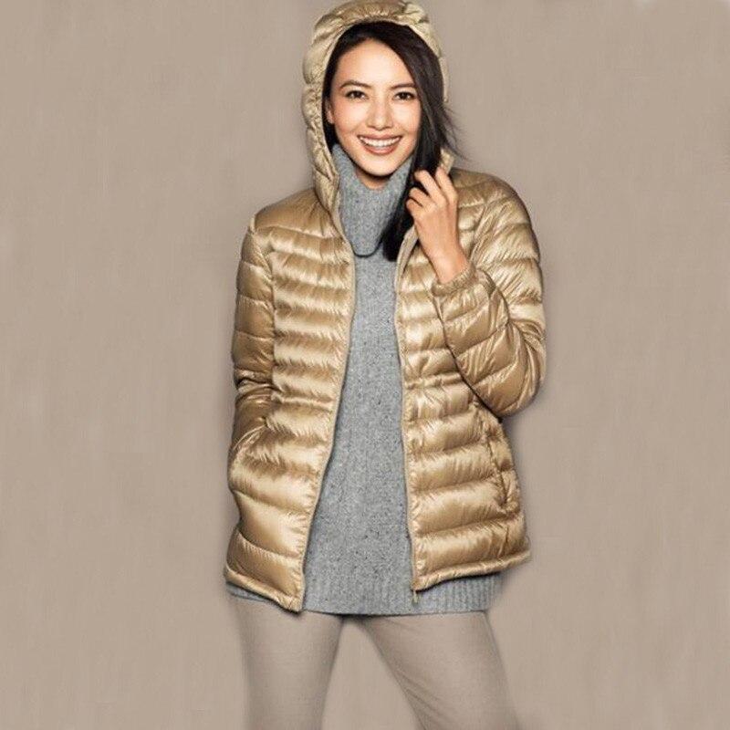 2018 Women Down Coat Autumn Winter White Duck Downs Coat Parkas Ladies Hooded Jacket Ultra Light Pleated Outerwear Plus Size 896