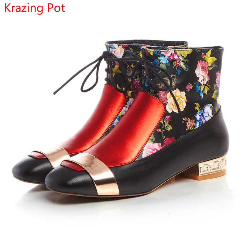 ФОТО Fashion Winter Brand Shoes Chinese Style Printed Flower Lace Up Square Toe Low Heel Women Ankle Boots Metal Decoration Boots