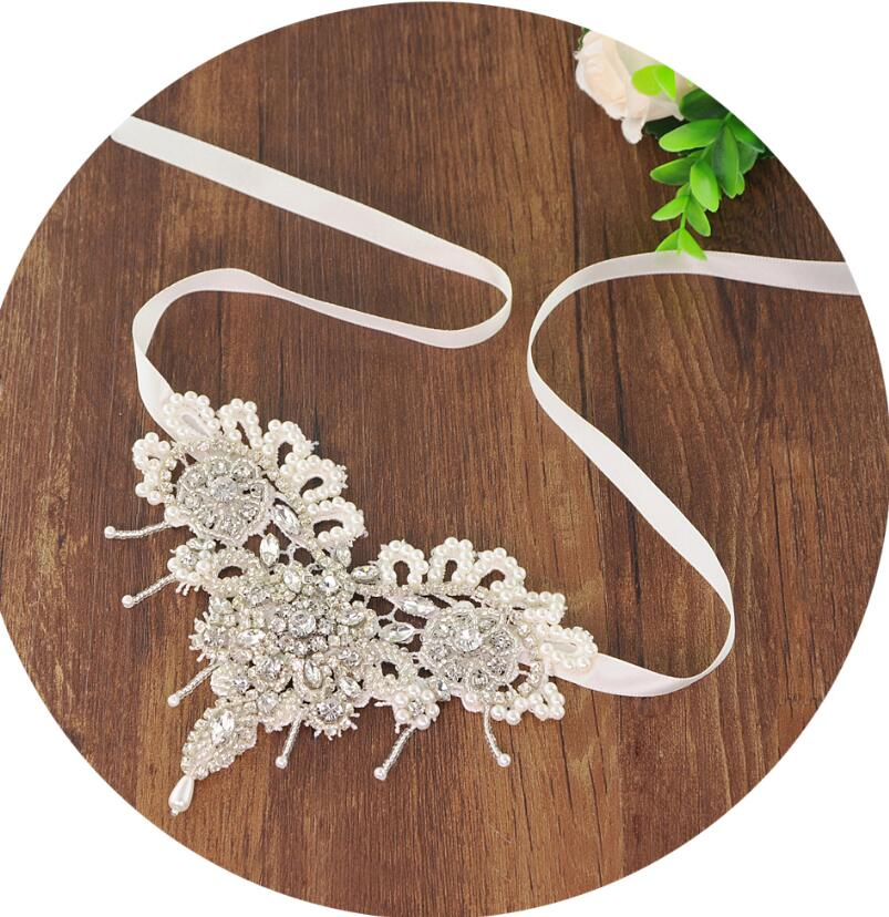 d77c00c8b25101 2019 Luxury rhinestones foot ring barefoot sandals beach wedding anklet  white sexy jewelry wedding shoes 1pcs-in Anklets from Jewelry   Accessories  on ...