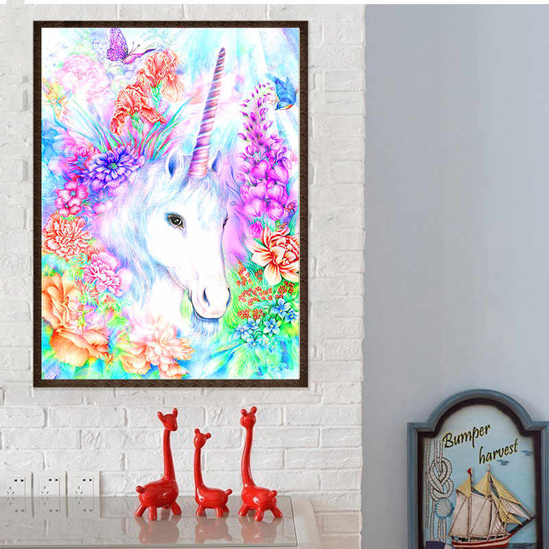 Stiker Dinding 5D DIY Diamond Lukisan Garland Unicorn Pola Bordir Cross Stitch 2019 Needlework Diamond Berlian Imitasi