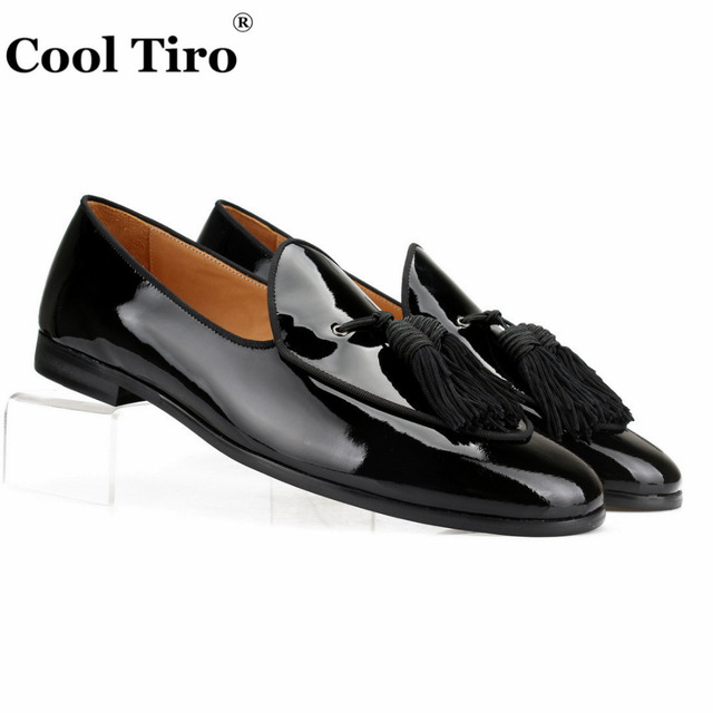 a441ec99ffb2c Cool Tiro Black Patent leather Loafers Men Slippers Tassels Moccasins Man  Flats Wedding Men's Dress Shoes Casual slip on Shoes