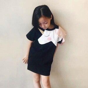 Image 4 - Aile eşleştirme giyim anne kızı elbiseler maçları Unicorn elbise T shirt anne anne ve bana 3D baskı giyim komik kıyafetler