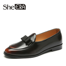 Купить с кэшбэком Brush Leather Men Shoes Bowknot Mocassin Homme Casual Men Loafers Shoes for Man Retro Brand Men Party Shoes Zapatillas