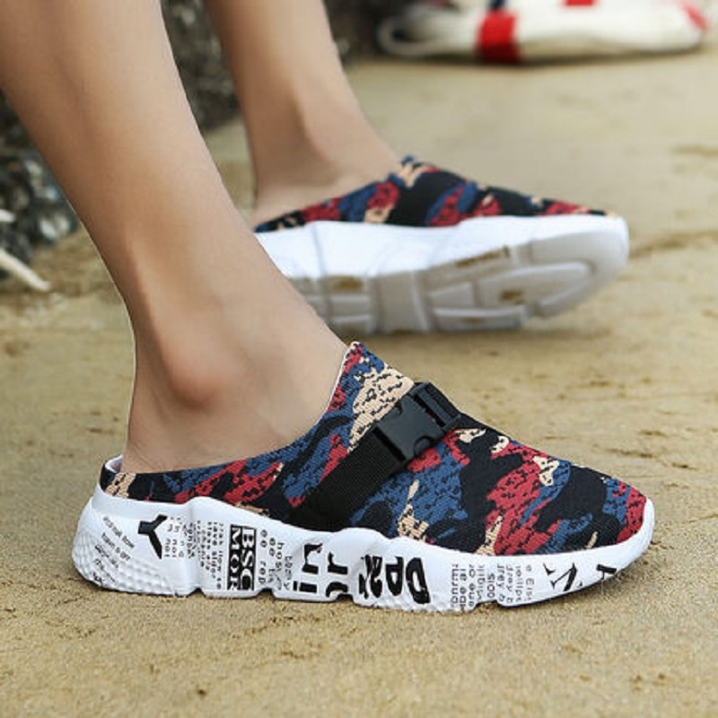 2018 summer men's hole shoes beach shoes sandals tide fashion wear semi-skid sandals 55