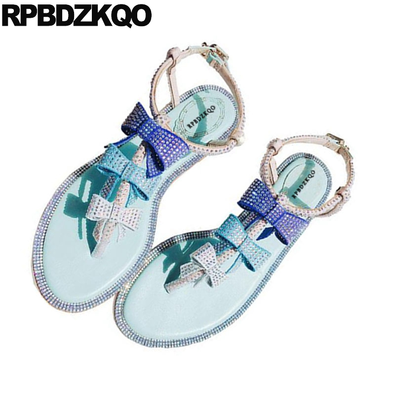 цена на Designer Shoes Women Luxury 2017 Diamond Suede Bow Bowtie Blue Summer T Strap Beach Flat Sandals Thong Rhinestone Open Toe