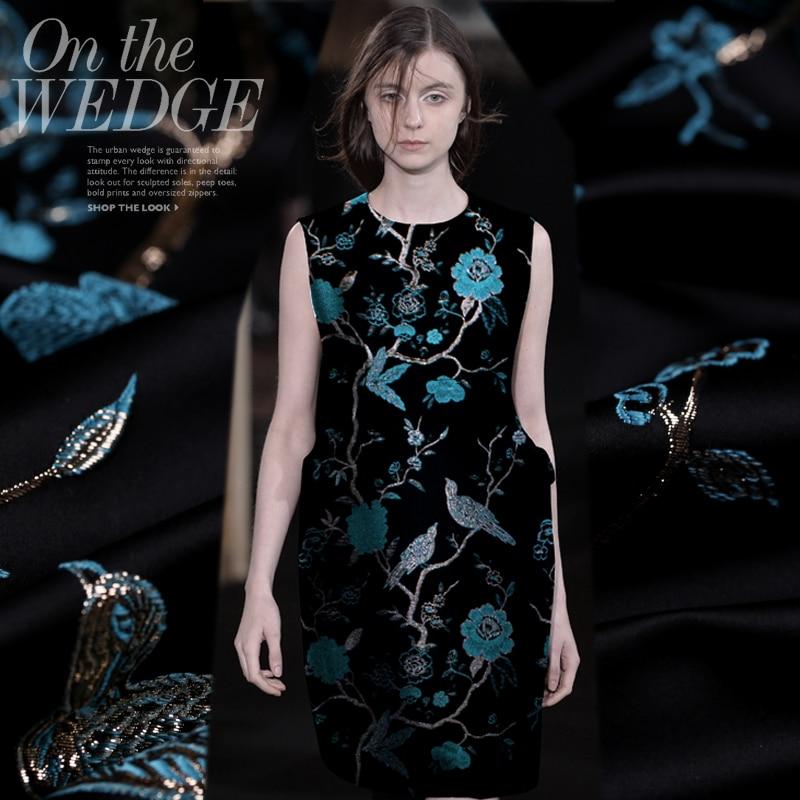 Hot salg Frankrike importert jacquard tapetry satin mote stoff for frakk kjole tissu au meter lys klut DIY
