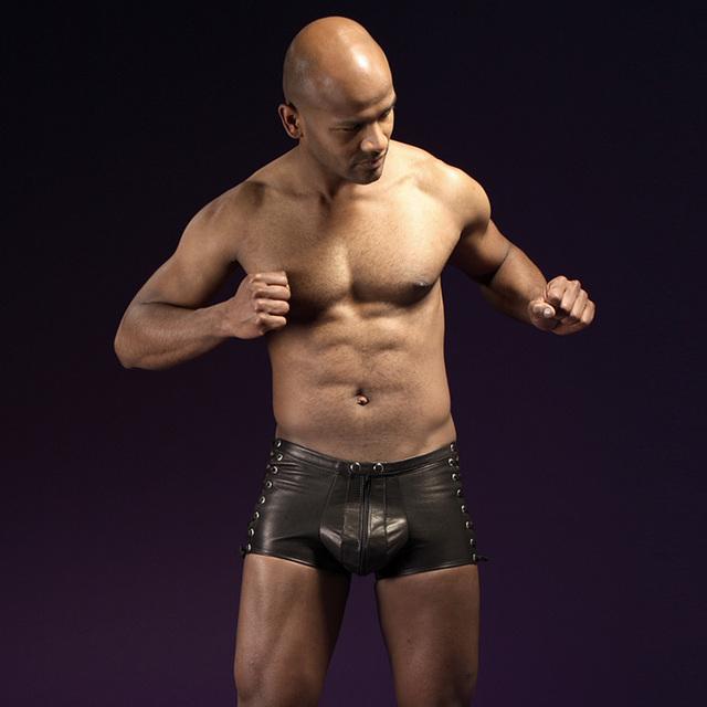 Imitación de Cuero Para Hombre Ropa Exótica Hombres Cortocircuitos de Los Boxeadores Ropa Interior de la Ropa Interior Transparente Pantalones Super Sexy Wetlook Negro Boxeador W850530