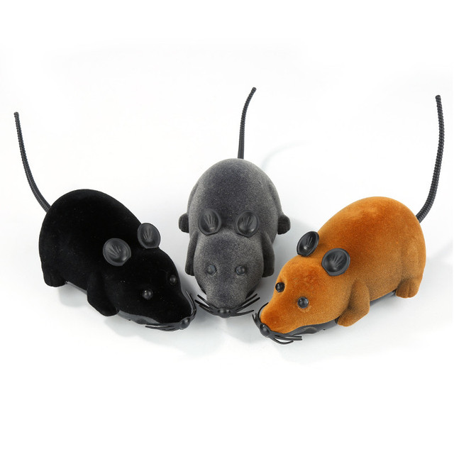 2017 New 8 Colors Cat Toys Remote Control Wireless Simulation Plush Mouse RC Electronic Rat Mouse Mice Toy For Pet Cat Toy Mouse