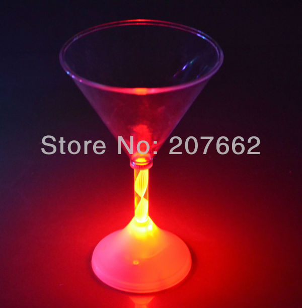 Free shipping 6pcs/lot 175ML/6OZled flashing cup LED Light Up BLINKING MARTINI COCKTAIL GLASS Color Flashing Party Drink