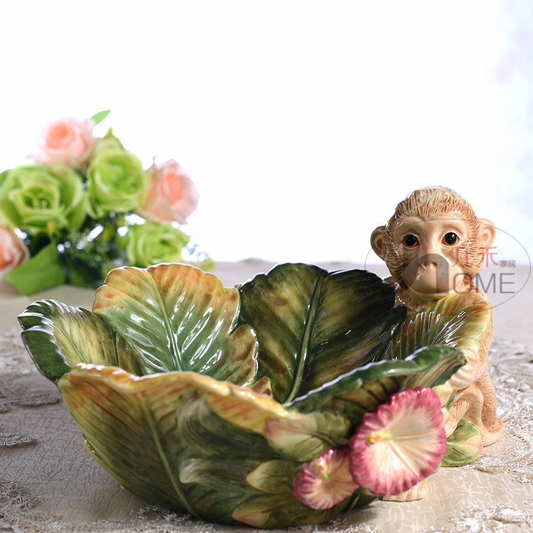 ceramic Creative monkey fruit plate Candy Storage dish home decor crafts wedding decoration handicraft porcelain figurine