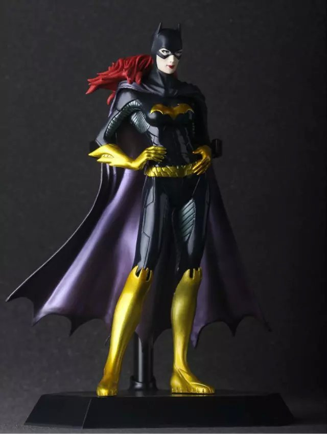 Batman Batgirl Batwoman Doll 1/8 scale painted figure PVC ACGN Action Figure Collectible Model Toy 18cm KT075 1 6 scale figure doll troy greece general achilles brad pitt 12 action figures doll collectible figure plastic model toys