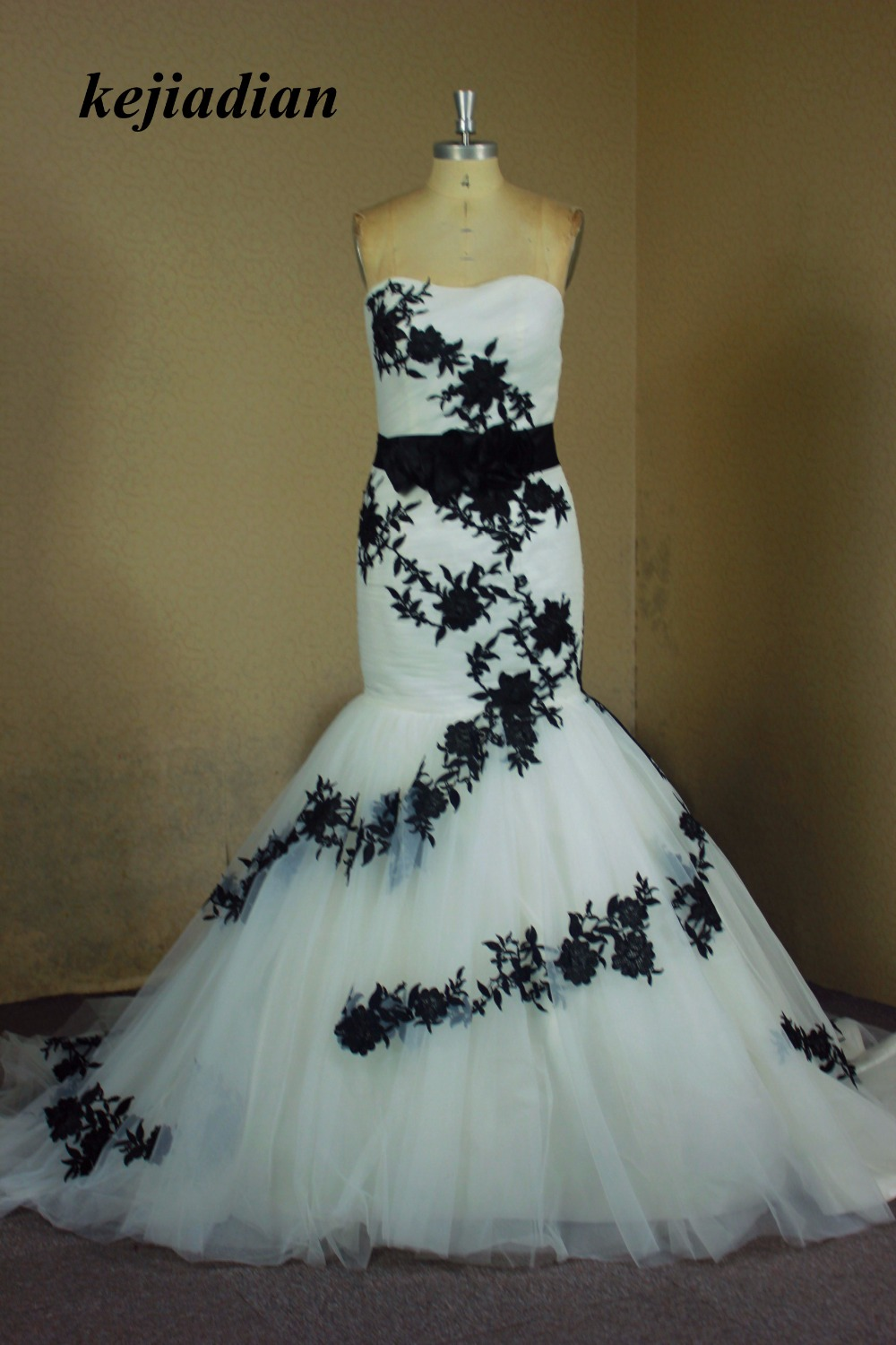 white and black wedding dress vintage Lace mermaid wedding gown 2017 ...