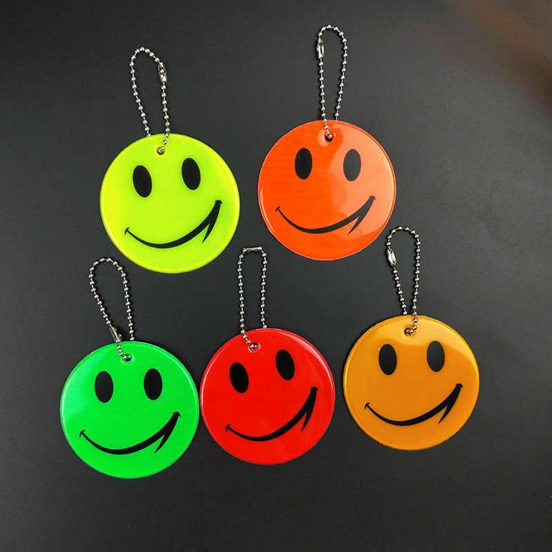 Милый улыбающееся лицо светоотражающий брелок подвесные аксессуары для сумок высокая видимость брелки для дорожного движения видимая Безопасность использования