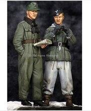 Resin Kits 1 35 Scale WW2 German 2 people check terrain Historical WWII Figure Resin Model