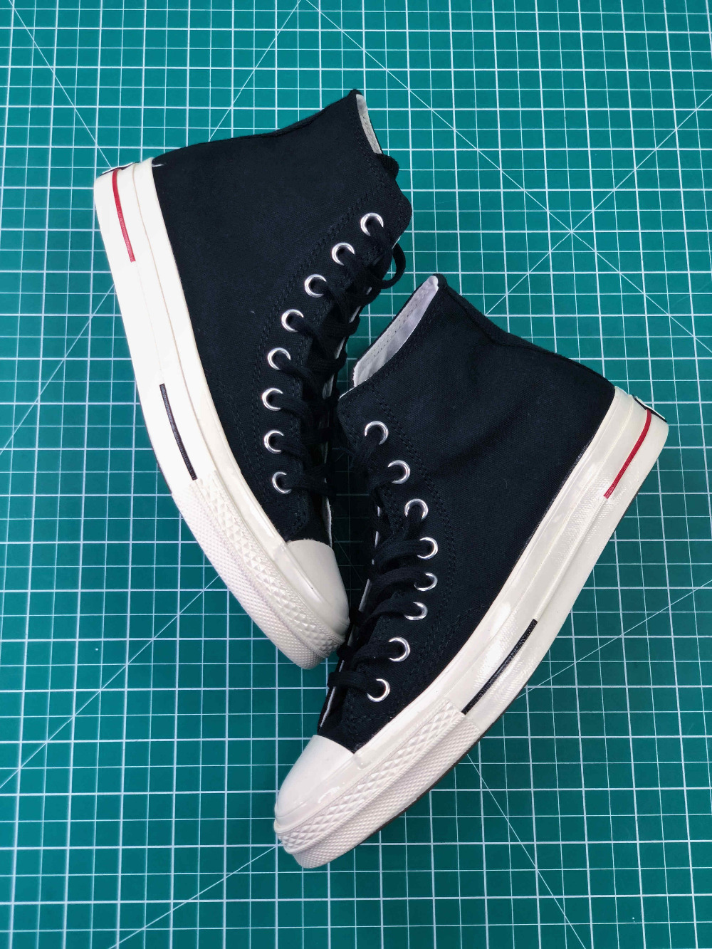 Converse All Star CDG X Chuck Taylor 1970s HiOX 18SS Skateboarding Shoes Sport Black High-Top Authentic For Men and Women converse all star cdg x chuck taylor 1970s hiox 18ss skateboarding white high top authentic for men and women casual shoes sport