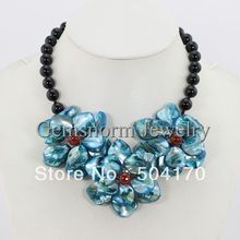 Pretty New Shell Flower Pendant Necklace Handmade Agate Beads Chunky Bib Flower Necklace Party Jewelry Free
