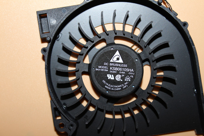 Delta Electronics KSB06105HA CG1J Server Laptop Fan DC 5V 0.40A 3-wire free shipping for delta afc0612db 9j10r dc 12v 0 45a 60x60x15mm 60mm 3 wire 3 pin connector server square fan
