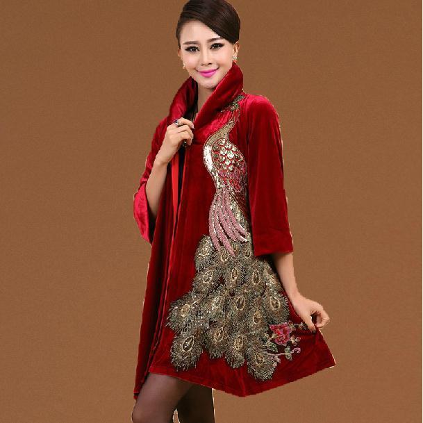 Новый 2015 Осень женская шелк Плюс размер 5XL Золото Бархат Павлин Вышивка Траншеи пальто верхняя одежда