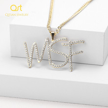 Customized Iced Out Cursive Name Necklace Initial Letters Zirconia Nameplate Necklace Hippop Cuban Chain Jewelry For Men Women
