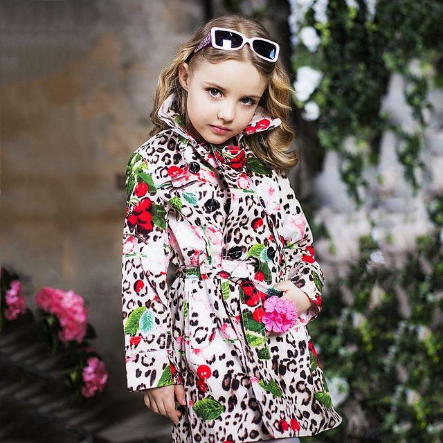 Для девочек куртка на весенний сезон с поясом 2018 бренд пальто для маленьких девочек верхняя одежда детей Леопардовый принт детские куртки одежда