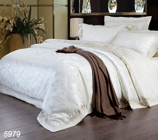 Milk White Silk Bedding Set Red Blue Bed Linens 4pcs Designer Bedding Set  Satin Silk Bed