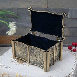 Image 4 - Vintage Mısır Bastet Kedi Metal Anubis Mücevher Kutusu Mısır Hediye saklama kutusu Ev Sanat Zanaat Dekorasyon Organizatör Tabut Göğüs