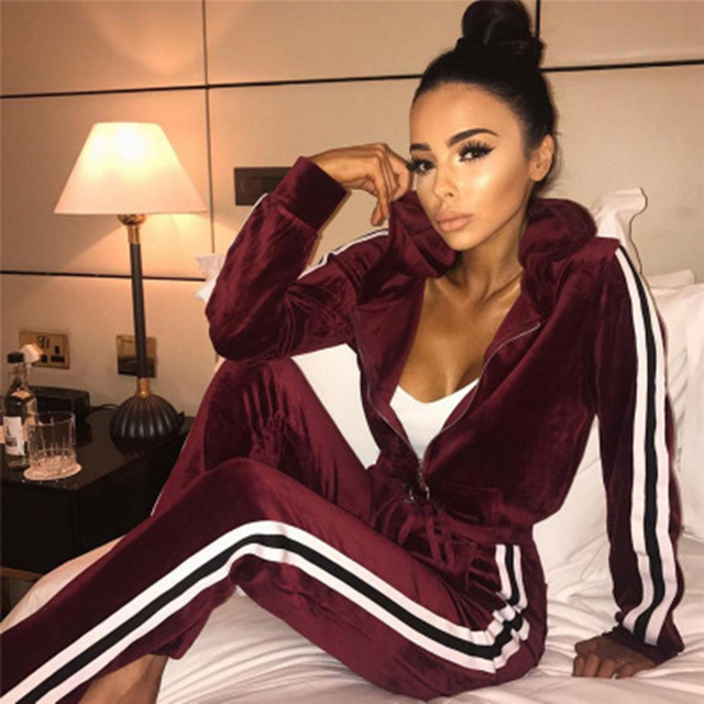 Women 'S Suit 2018 Spring And Autumn Fashion Velvet Lady Zip Hooded Jacket +Elastic Trousers Sweatsh Set Two -Piece Suit S -Xl