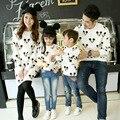 2017 otoño muchachos de los niños de mickey camisetas de los hoodies ropa juego mirada familia padre madre hija hijo madre trajes