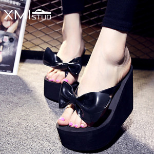 Image 1 - Xmistuo moda feminina flip flops com arco feminino verão praia cunhas resistente à água 10cm de salto alto chinelos sapatos femininos