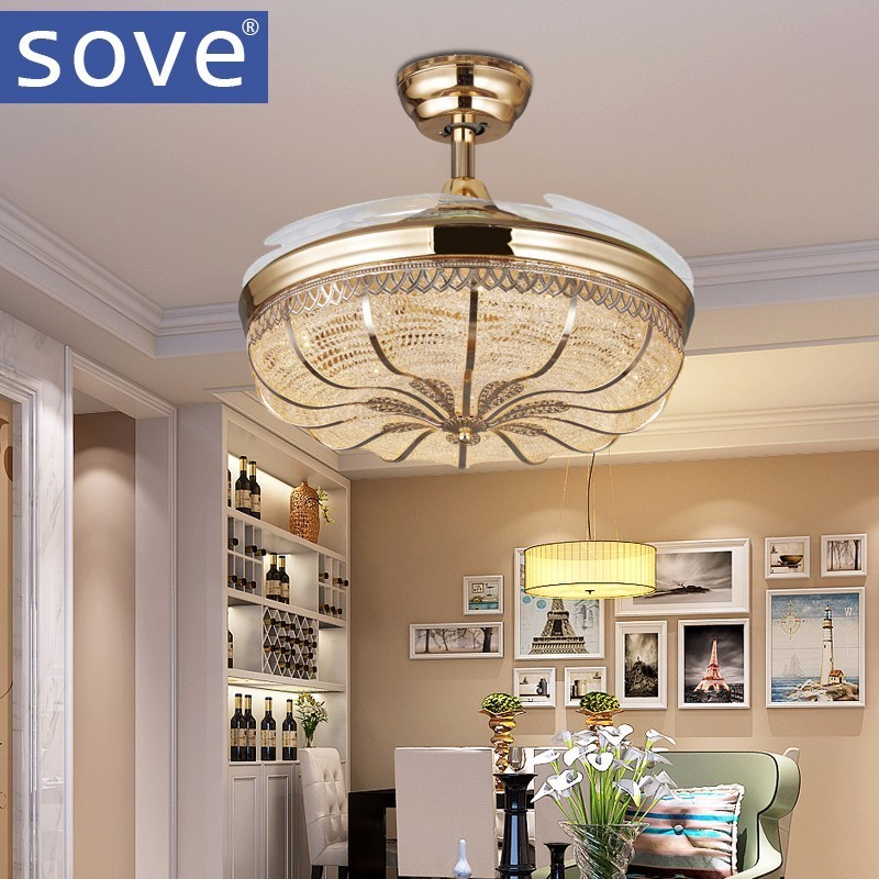 42 polegada Ouro Modernos Ventiladores de Teto Com Luzes de LED Retrátil Sala de estar Decoração de Casa Dobrável Ventilador de Teto Da Lâmpada 220 Volts