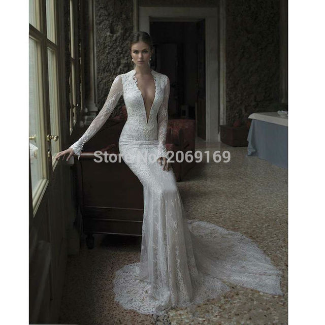 Vintage Boho Lace Slim Wedding Dresses 2017 Low V Neck Simple Long Sleeve Backless Bridal Gown